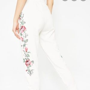 Floral wildfox sweatpants